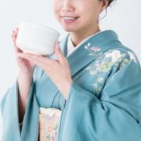 Acessórios de vestimenta japonesa para a Cerimônia do Chá (versão feminina)